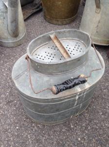 Large bait tin found at Kempton